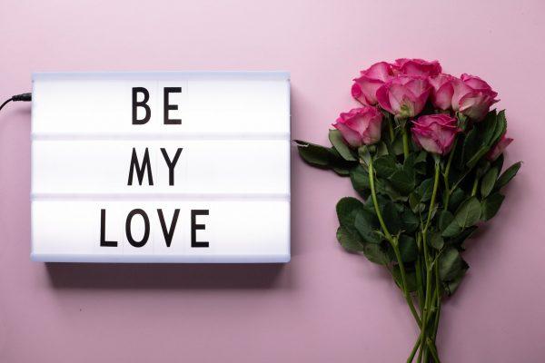Ucapan Valentine dalam Bahasa Inggris dan Terjemahnya