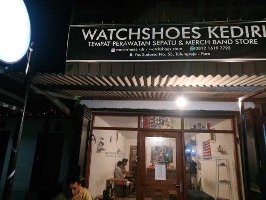 Watch Cafe Pare Kediri
