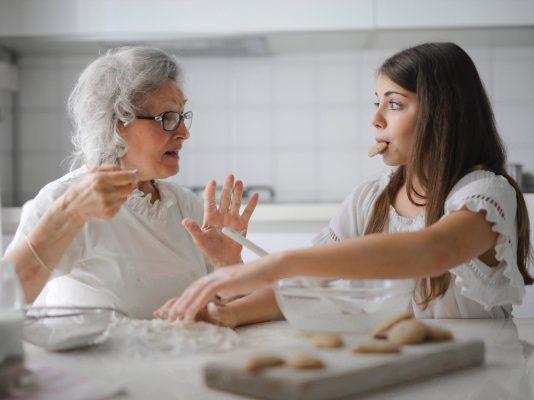 Daughter-in-law Kosakata Bahasa Inggris tentang Keluarga - Menantu perempuan