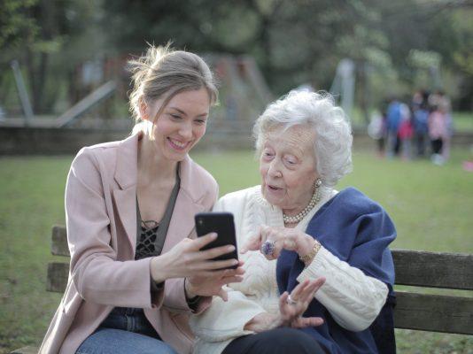 Mother in law Kosakata Bahasa Inggris tentang Keluarga - ibu mertua