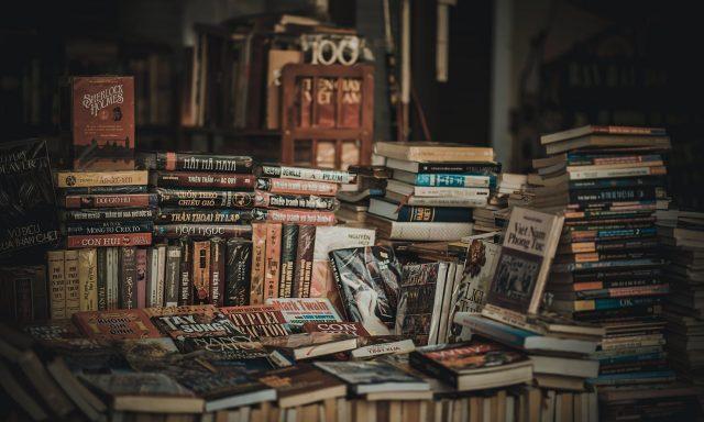 4 Novel Hebat yang Akan Membantu Anda Belajar Bahasa Inggris