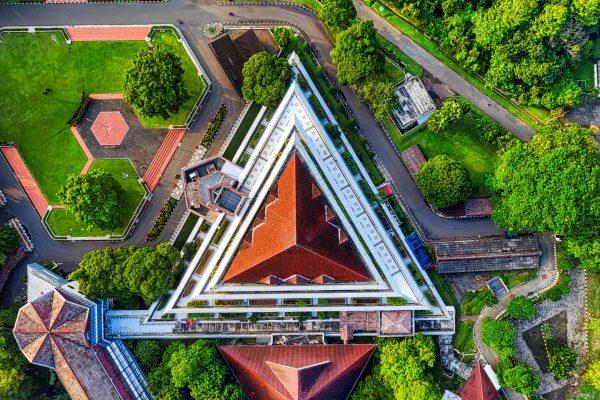 10 Universitas terbaik di Indonesia versi Webometrics.